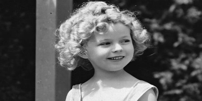 """Shirley Temple: la triste historia de la """"niña dorada"""" de Hollywood Shirley-Temple-c.1935-010-1-Copy"""