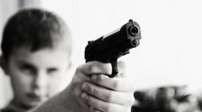 10 Consejos para convertir a tu hijo en un delincuente