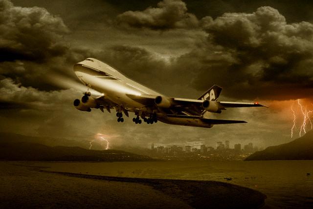 ¿Puede un rayo destruir un avión en vuelo?