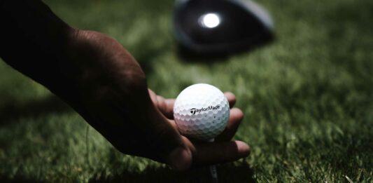 por que las pelotas de golf tienen agujeros