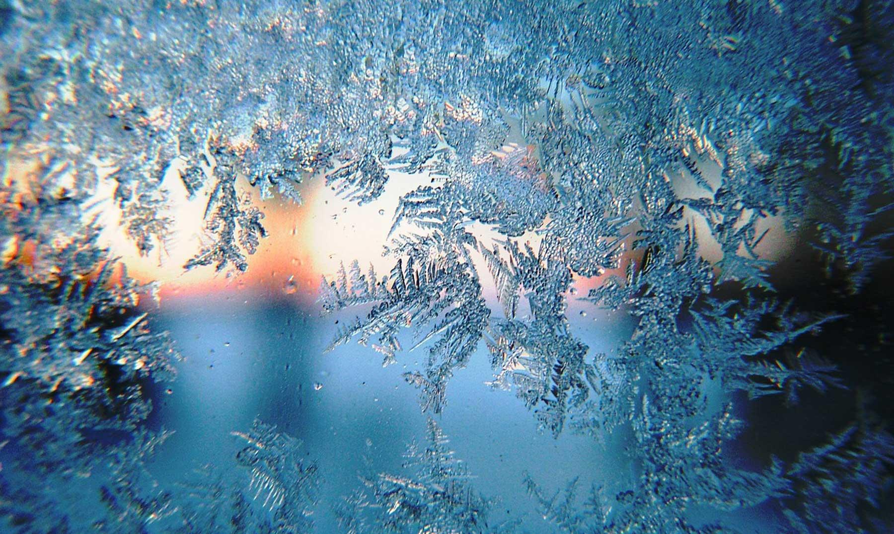 ¿Sabías que no hay dos copos de nieve igual?