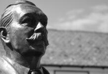 Curiosidades de Arthur Conan Doyle, El creador de Sherlock Holmes