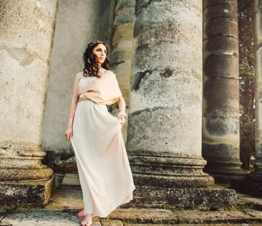 Qué son las Moiras | El mito de las tres diosas del destino