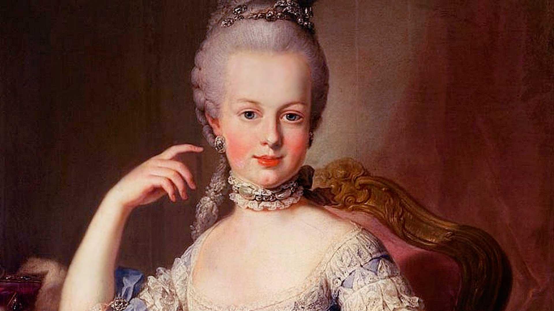 El pecho de María Antonieta y la copa de champán