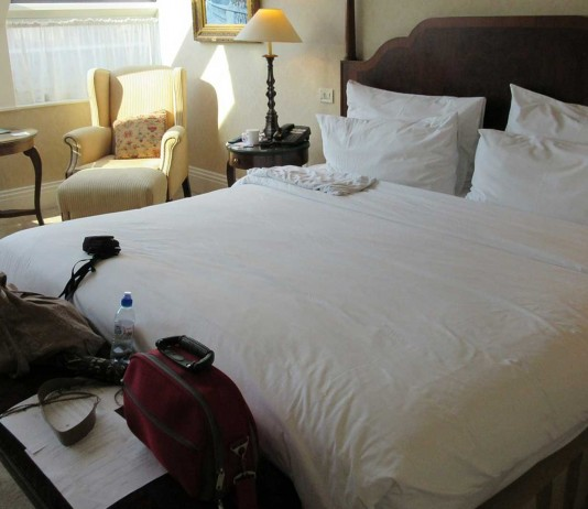 ¿Sabías que hacer la cama es malo para la salud?