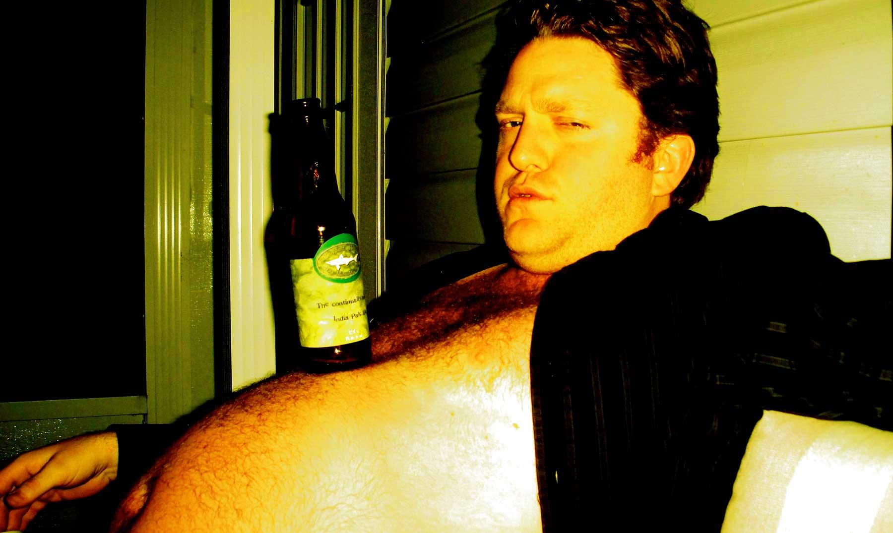 ¿Es verdad que la cerveza engorda?