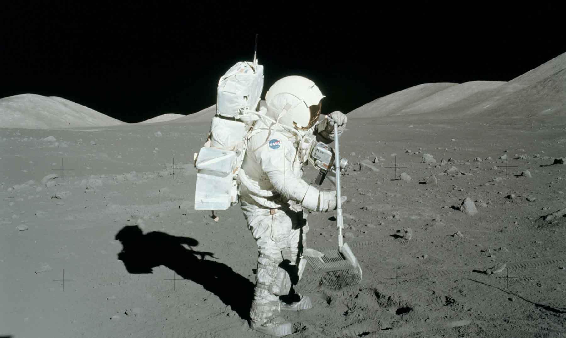 El agua de las rocas lunares  Un misterio por resolver