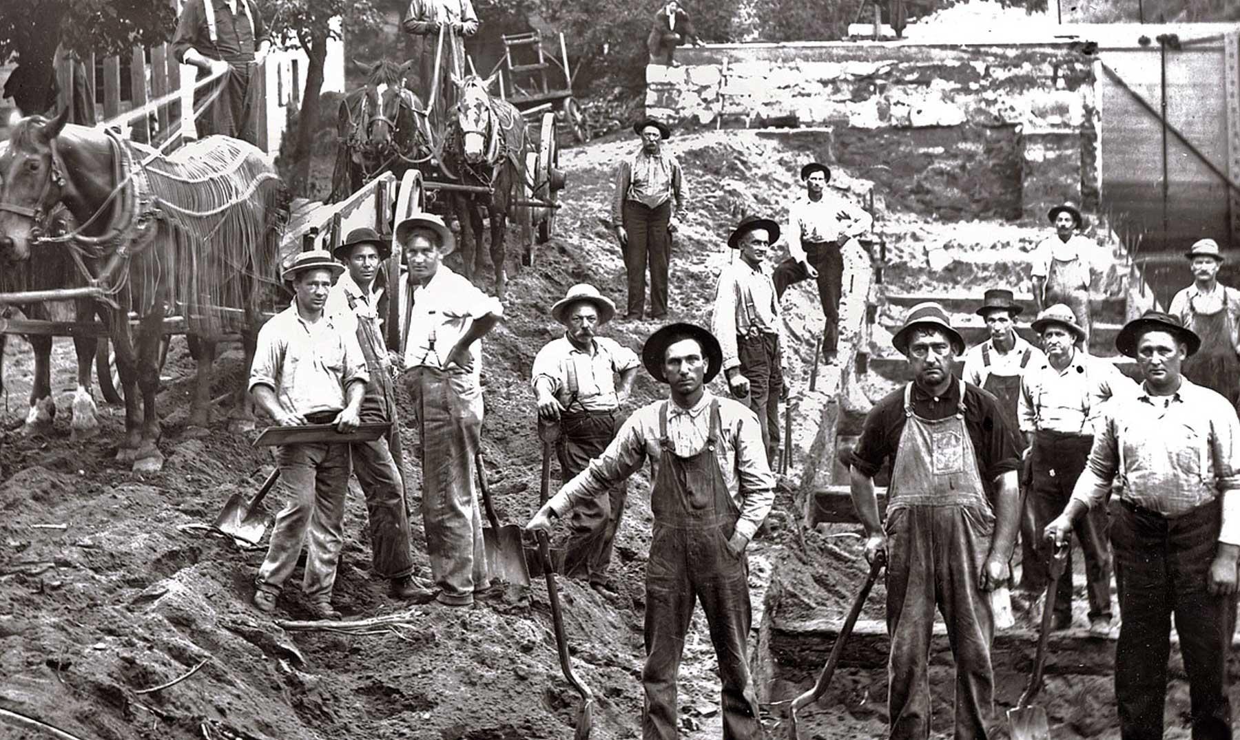 Dinero y sangre en la construcción del canal de Panamá