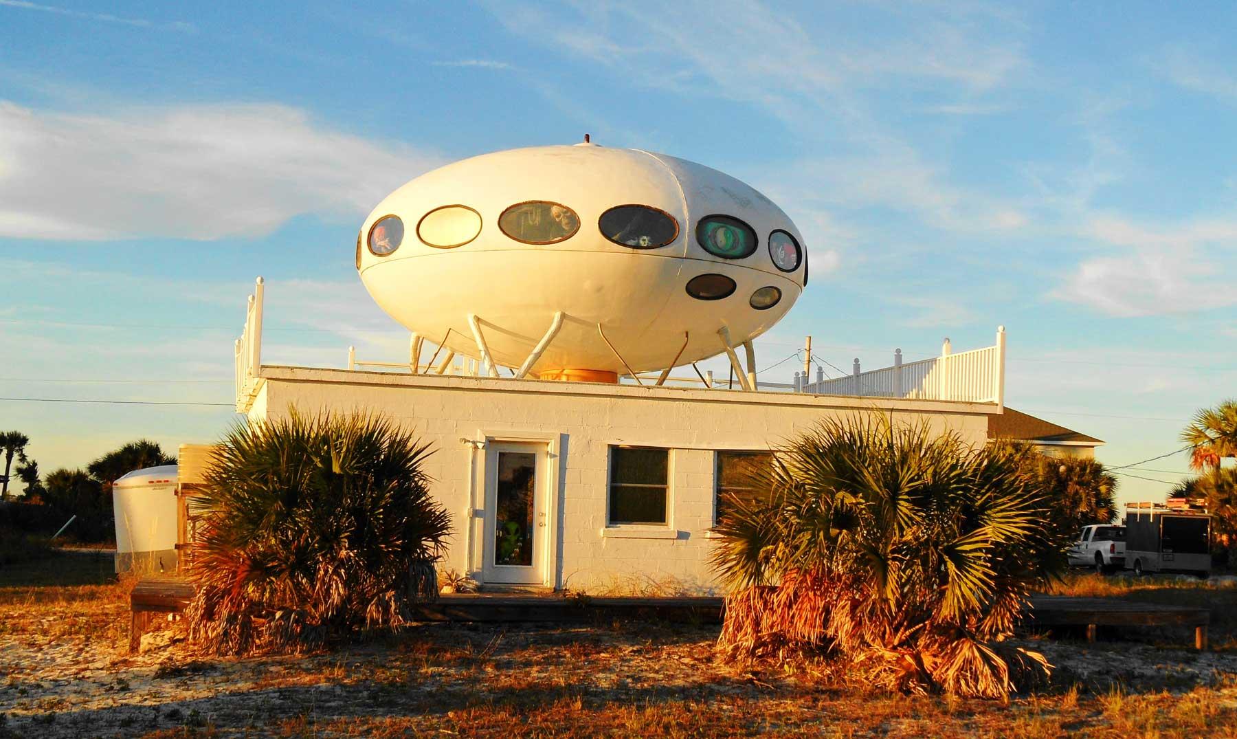 La casa OVNI de Pensacola Beach