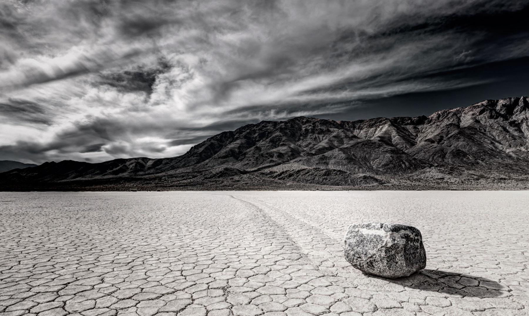 Las rocas zombies del Valle de la Muerte