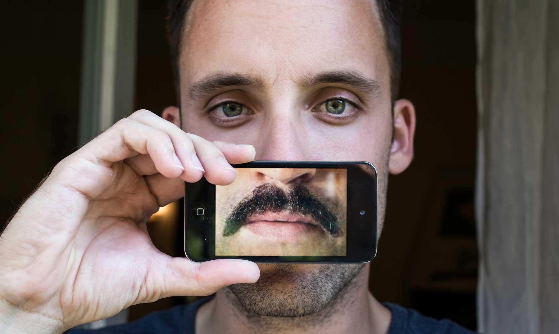 Llevar bigote puede ser peligroso