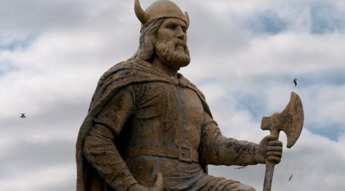 El Casco de los Vikingos