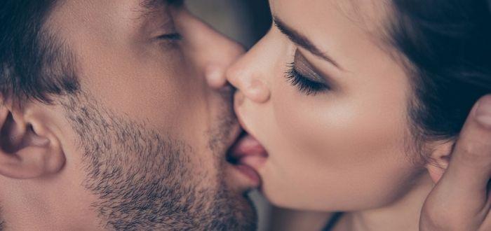 tipos de besos en la Antigua Roma