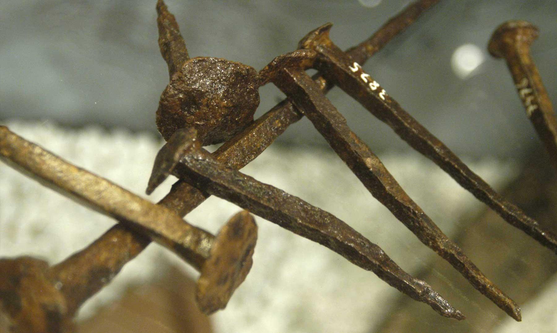 """El arma desconocida de los antiguos griegos: los """"muñecos vudú"""""""