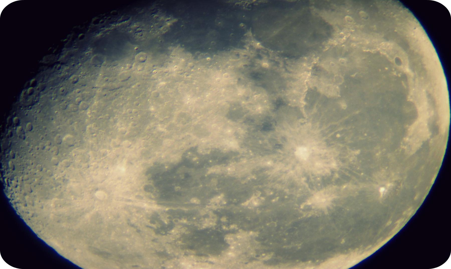 luna supercurioso