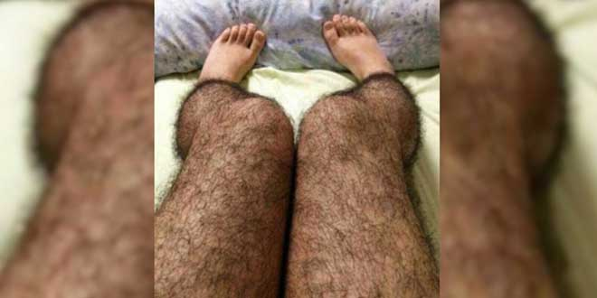 Medias con pelos femeninas