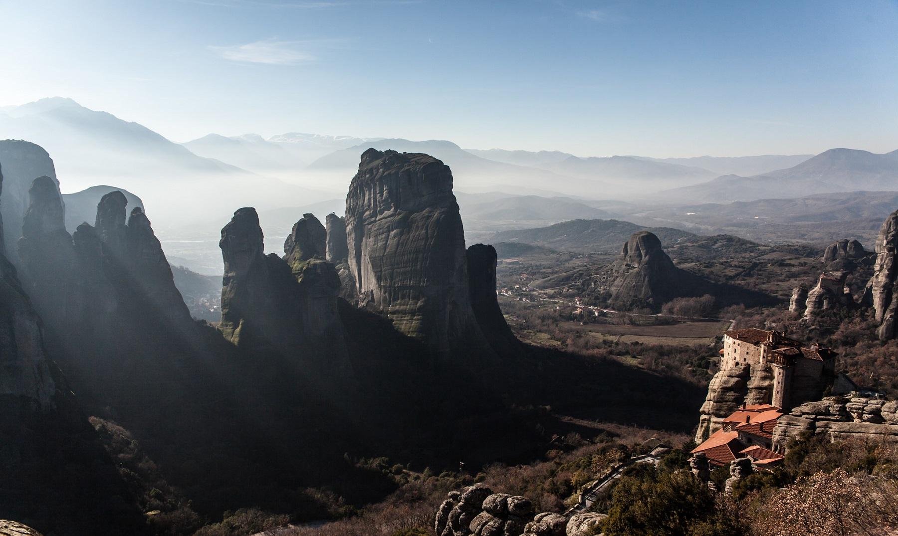 """Los monasterios """"suspendidos"""" en el aire de Meteora"""