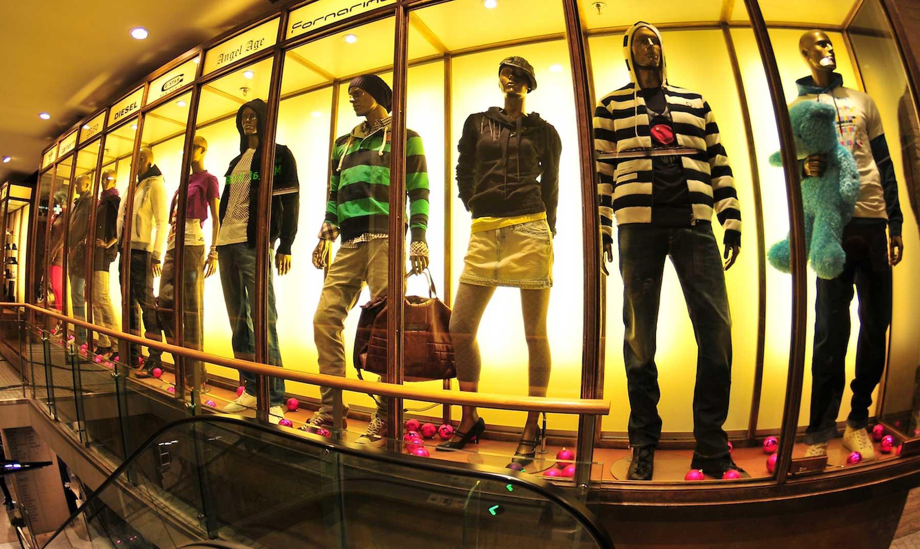 10 trucos de las tiendas ropa para que gastes MÁS
