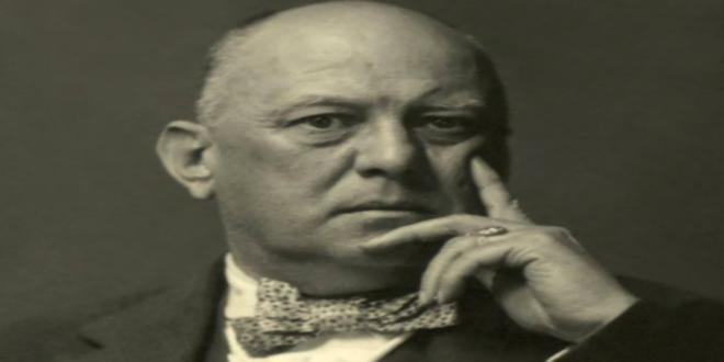 Aleister-Crowley_660x330