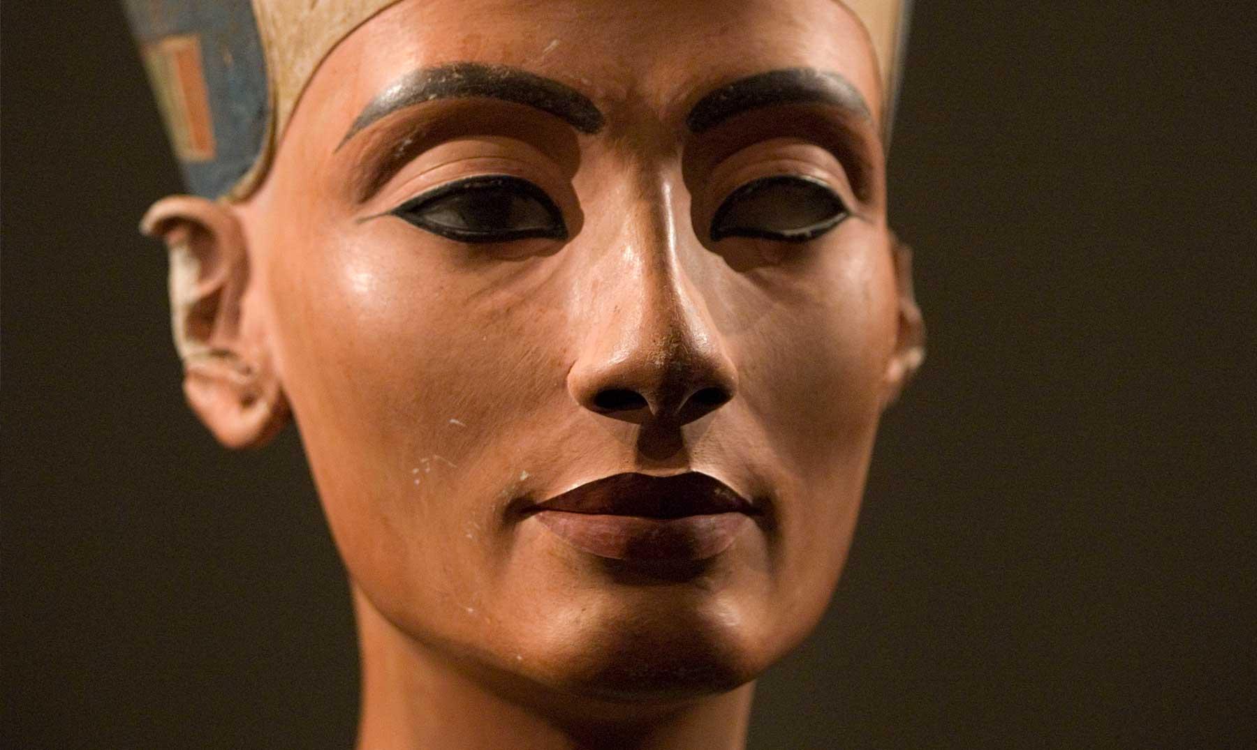 La bella y enigmática reina Nefertiti