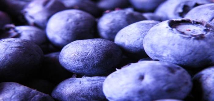 Alimentos azules, frutas azules, violáceas