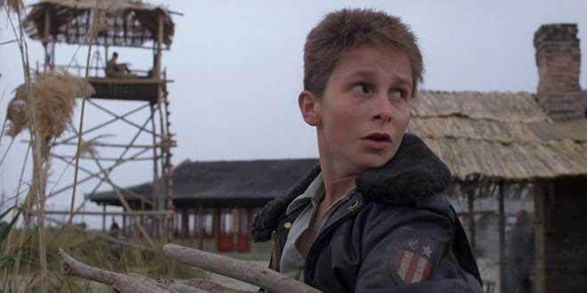 Clip del filme Empire oh theSun (1984), de Steven Spielberg