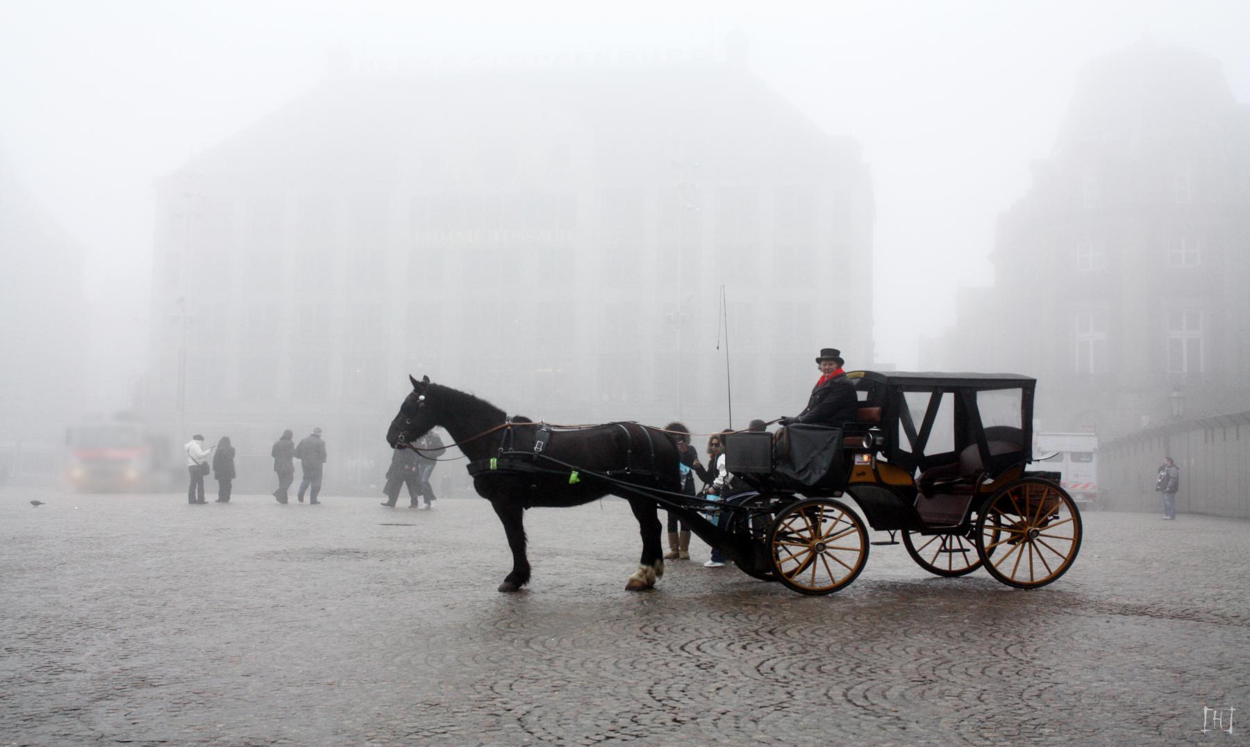 """Julio Verne y la """"Sociedad de la niebla"""""""