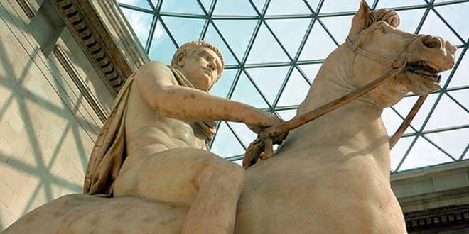 Detalle. Estatua de un joven a caballo, posiblemente el joven Calígula (1-50 d.C.). Museo Británico, Londres, Reino Unido.