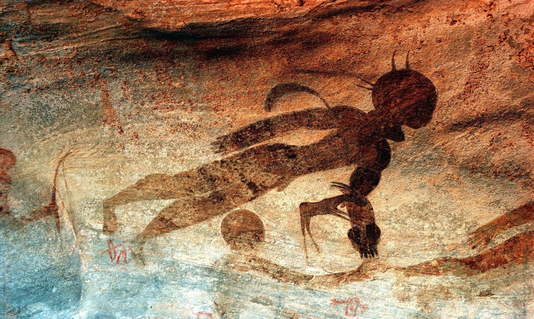 El misterio de los extraños dioses de Tassili