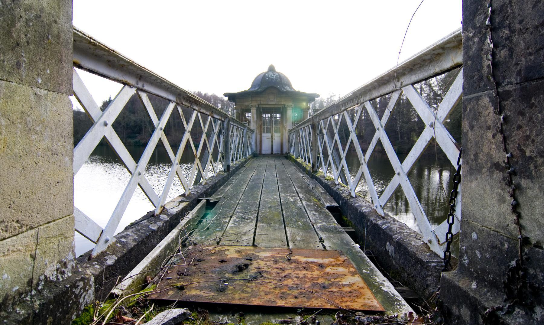 Witley Park, la historia de un salón de baile oculto bajo un lago