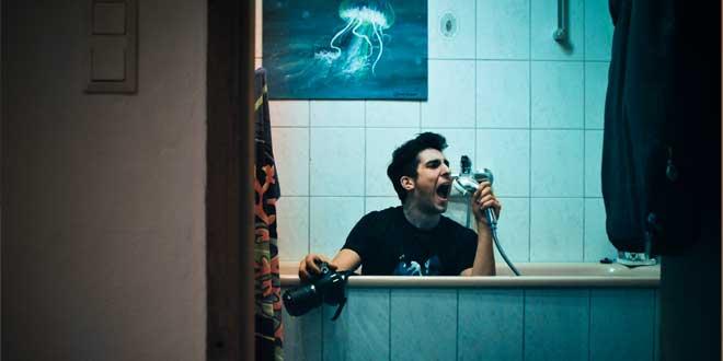 Cantando en la ducha