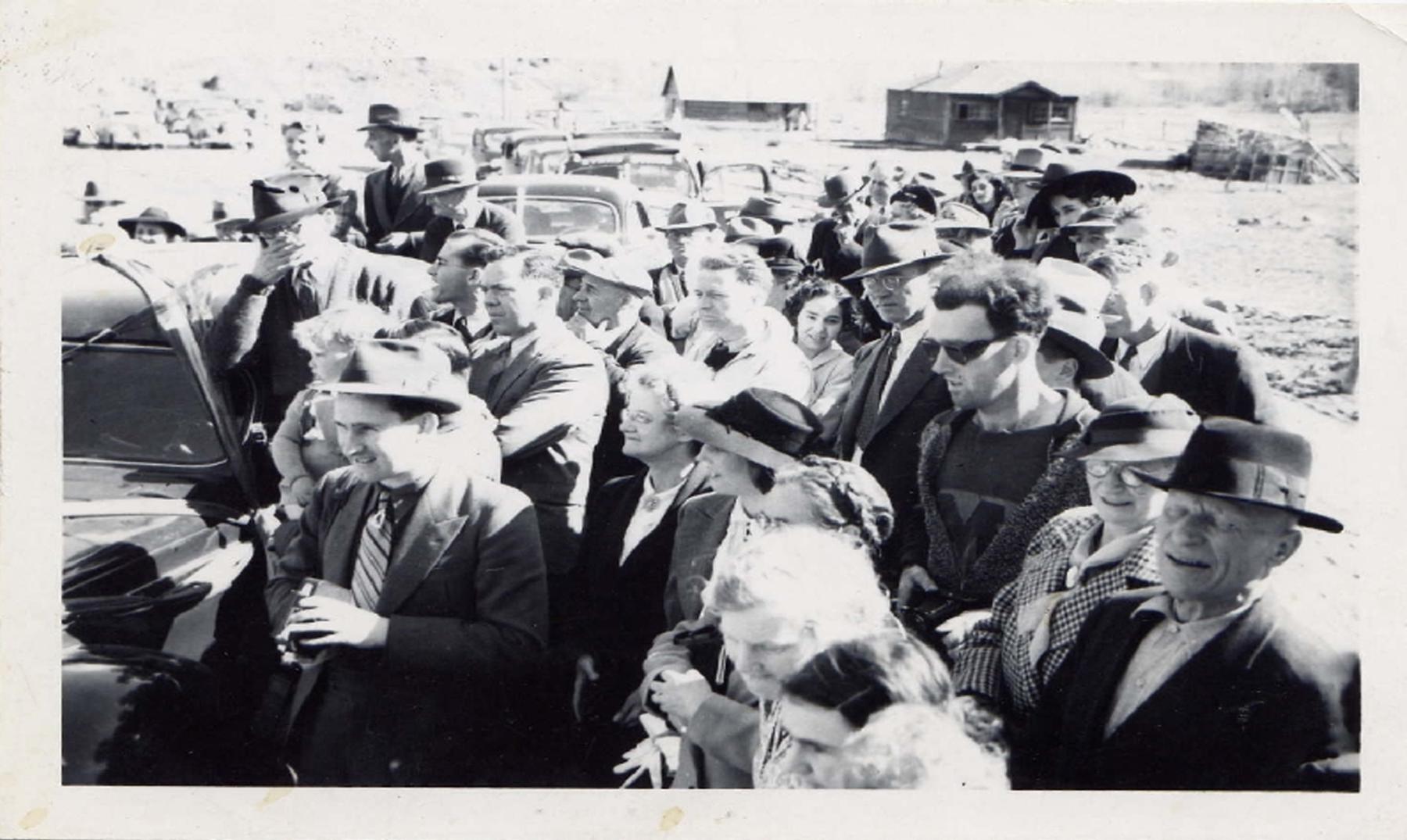 Singular viajero en el tiempo en una fotografía de 1941