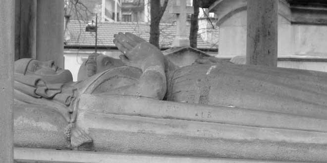 Tumba de Abelarde y Eloise, Cementerio de Père Lachaise, París, Francia