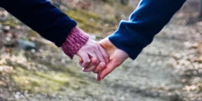 unión manos entrelazadas