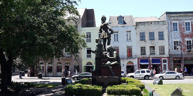 Estatua de Jean-Baptiste Le Moyne de Bienville en Nueva Orleans