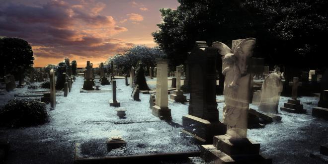 graveyard-381095_1280_660x330