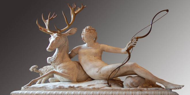 Diane-de-Poitiers-Garden-Statue_660x330