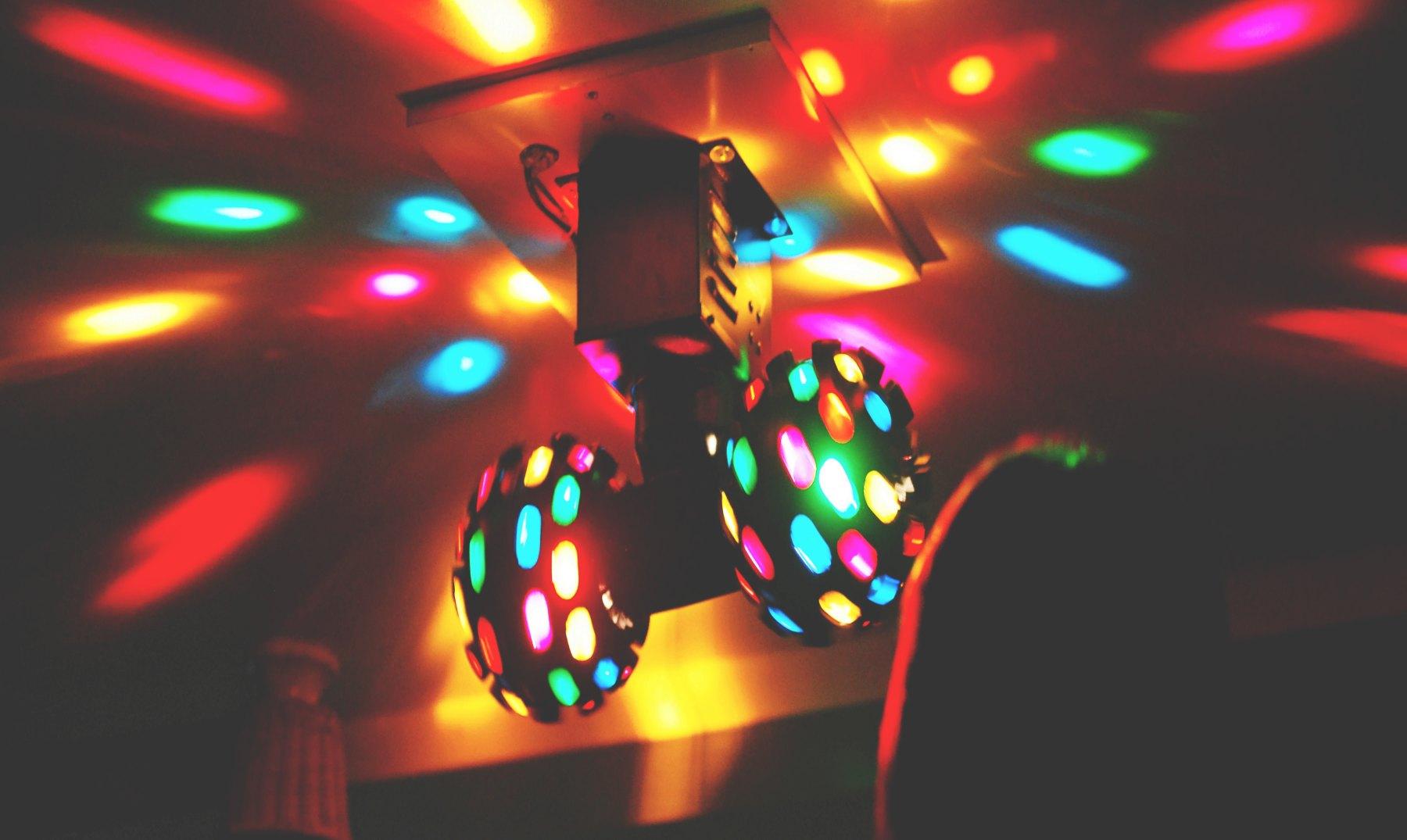 ¿Las luces de una discoteca pueden causar epilepsia?