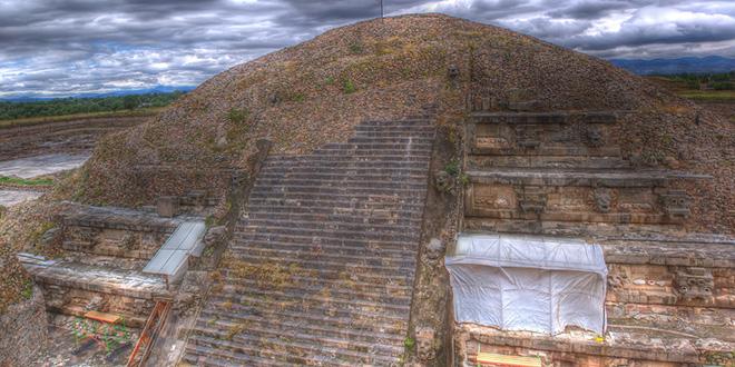 Templo del dios Quetzalcóatl, en Teotihuacán, México