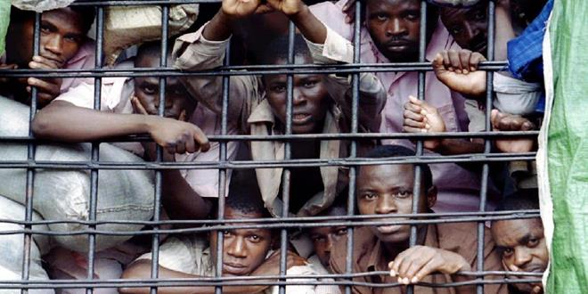 6856136-gitarama-prison-rwanda (Copy)