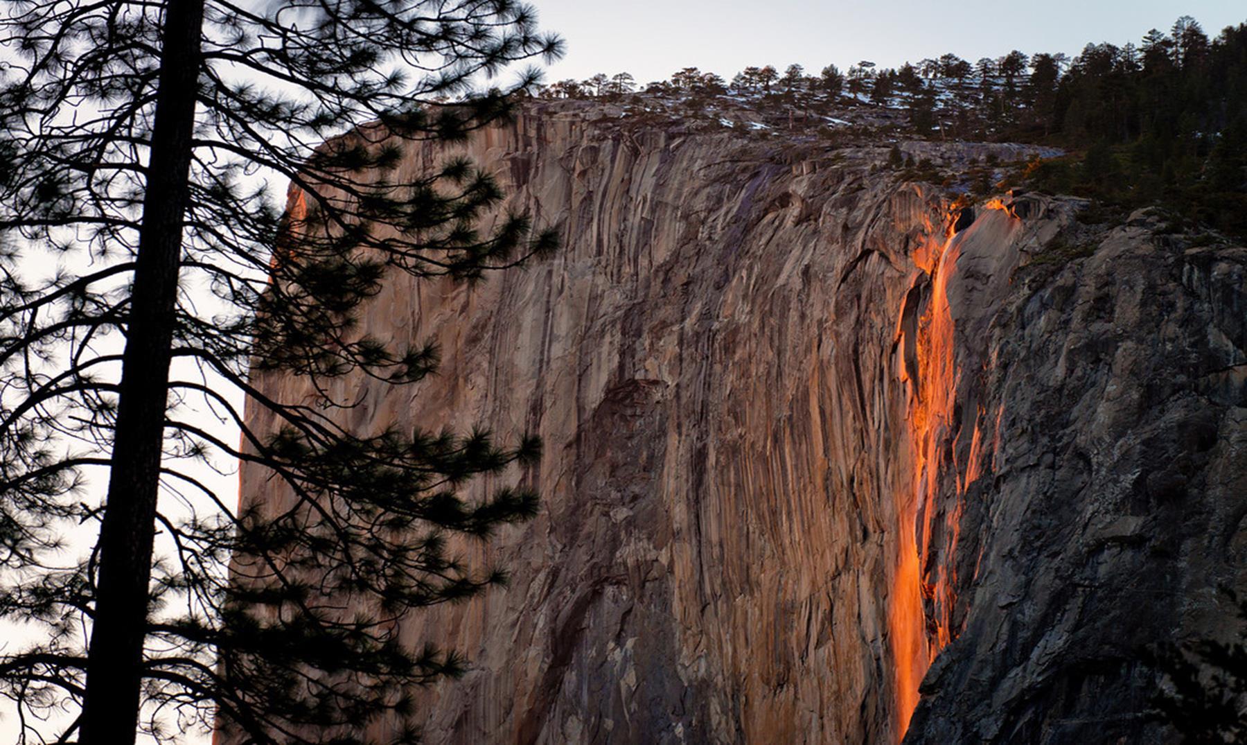 Lugares asombrosos: Horsetail fall, la cascada de fuego