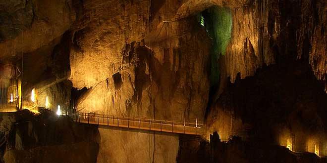 Eslovenia cañón subterráneo