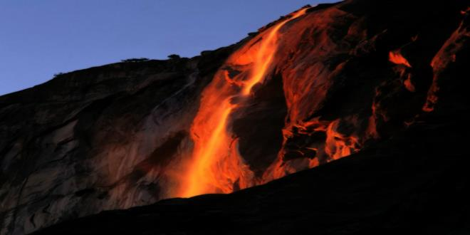 Fiery_Light_Horsetail_Falls_Yosemite_Californ (Copy)