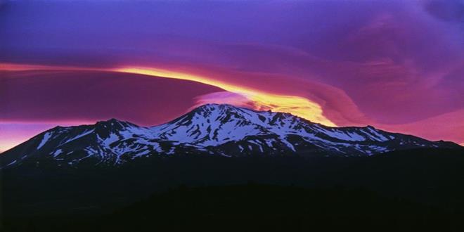 Sunrise_on_Mount_Shasta (Copy)