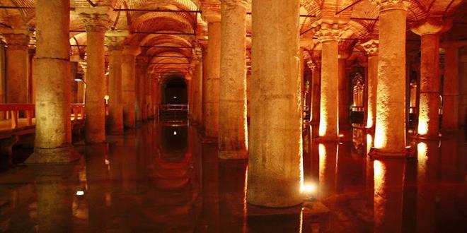Yerabatan Sarayi o Cisterna Basílica en Estambul (Copy)
