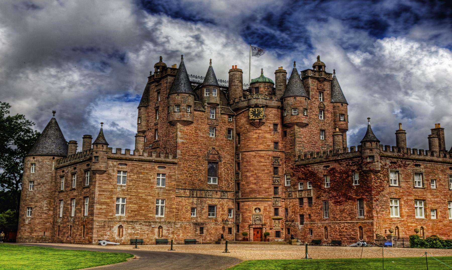 La leyenda del castillo de Glamis y el hombre deforme