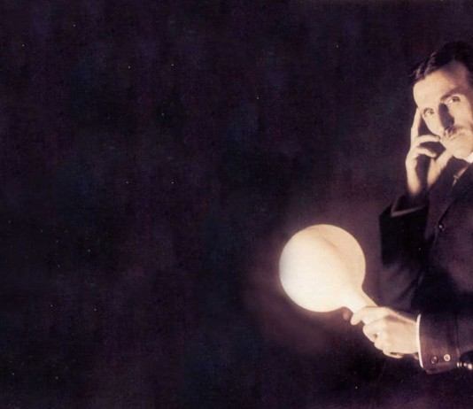 Quién fue Nikola Tesla, quién es Nikola Tesla