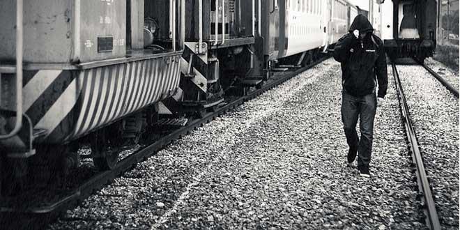 caminante vias tren