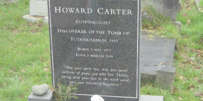 Tumba de Howard Carter, en el cementerio de Putney Vale, Londres.