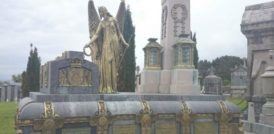 El espectacular Cementerio de la Ballena en Cantabria